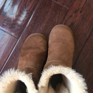 Shoes - Ugg boots